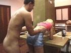 Madura brasileña enculada por uno de sus vecinos