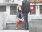 Embarazada, en paro y necesitada: llega la porno mendiga