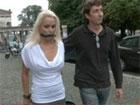 Madura alemana humillada y follada en publico